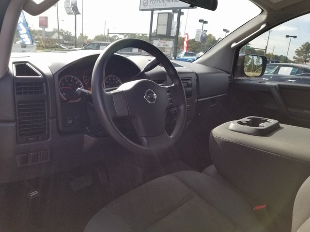 Pre-Owned 2010 Nissan Titan XE